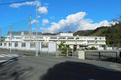 芝川中学校